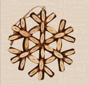 2011 Wooden Snowflake Image
