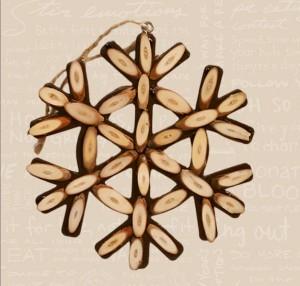 2011 Wooden Snowflake Image