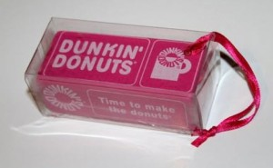 2010 DD Retro Donut Box Ornament