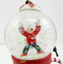 2010 Japan Mug Snow Globe Orn Kid Globe