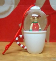 2010 Reindeer Snow Globe Japan Back