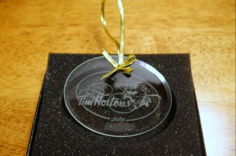2009 Glass Employee Gift Ornament